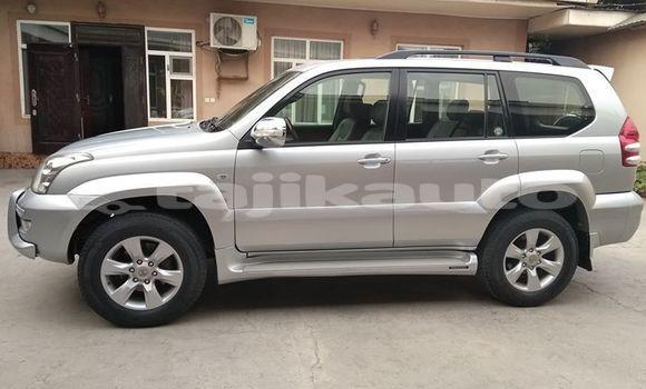 Buy Used Toyota Land Cruiser Prado Silver Car in Dushanbe in Dushanbe