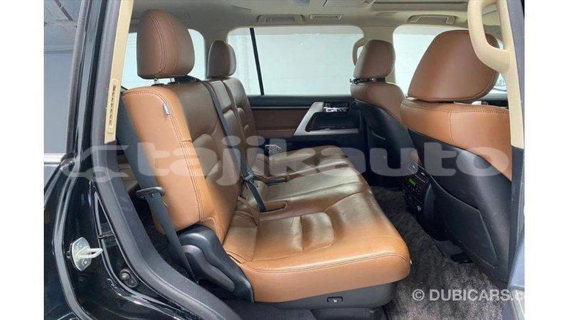 Big with watermark toyota land cruiser dushanbe import dubai 3160